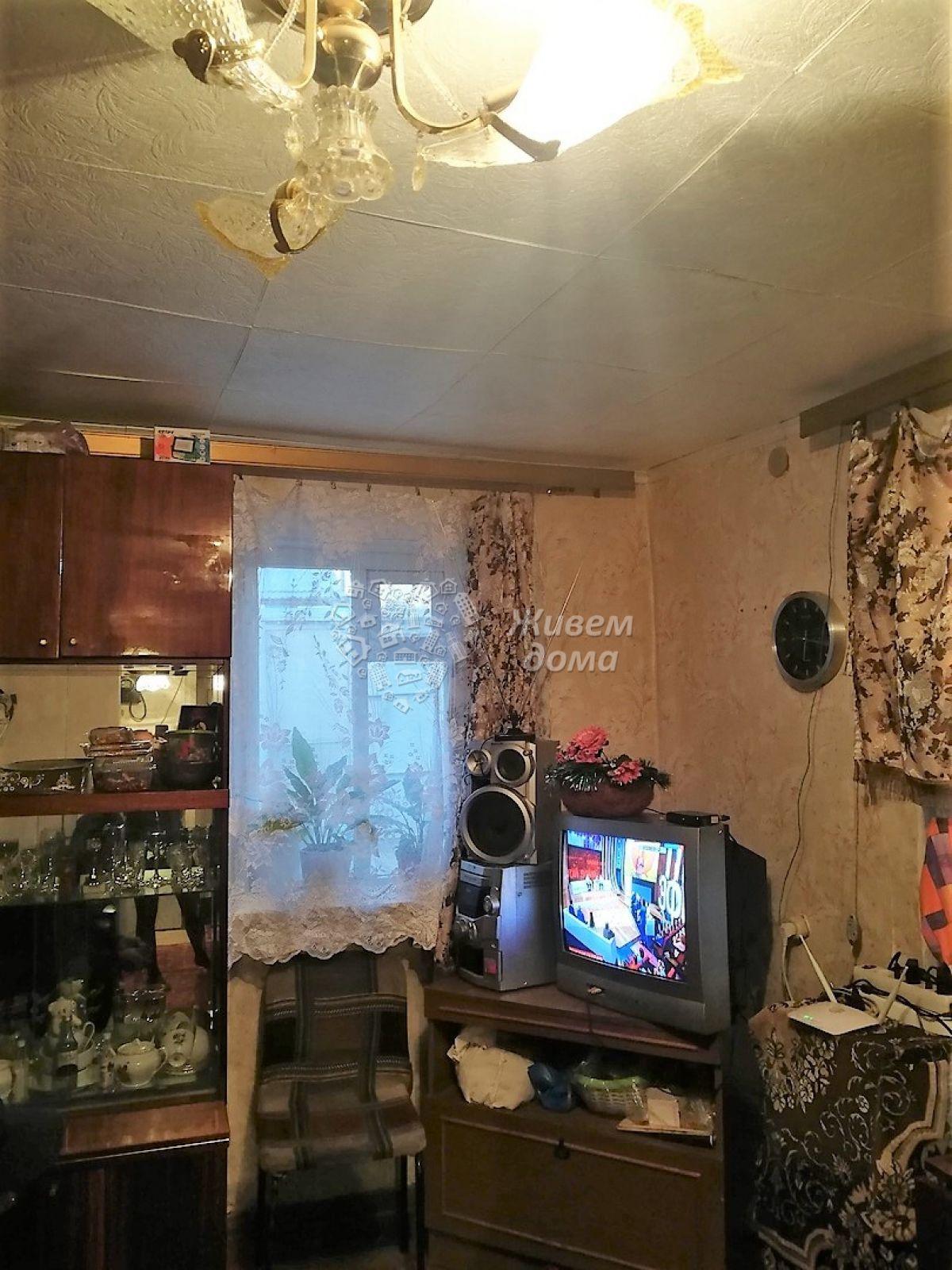 Дом на продажу по адресу Россия, Волгоградская область, Волгоград, Прямая