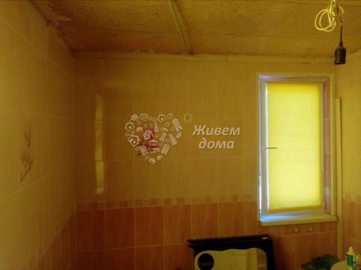Дача на продажу по адресу Россия, Волгоградская область, Волжский, СНТ Мичуринец, 6-я улица