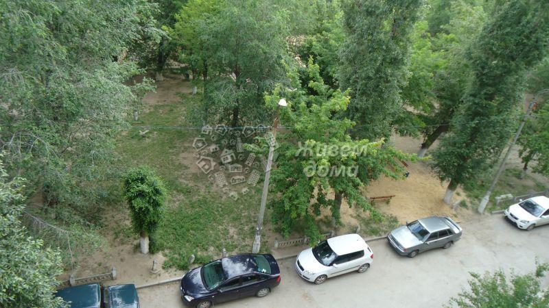 Продаётся 3-комн.               квартира,  Волгоград,               Дзержинский, 51 Гвардейской Дивизии ул, 54