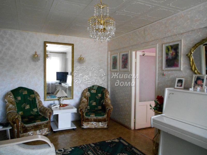 Продаётся 3-комн.               квартира,  Волгоград,               Ворошиловский, Козловская ул, 9