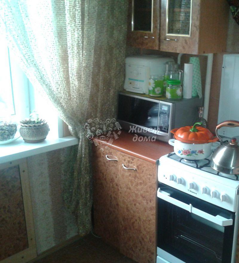 Продаётся 3-комн.               квартира,  Волгоград,               Тракторозаводский, Гороховцев ул, 2