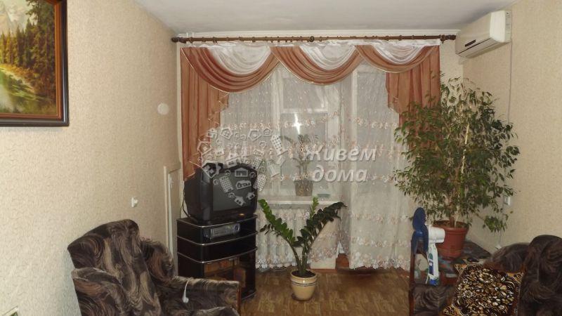 Продаётся 2-комн.               квартира,  Волгоград,               Краснооктябрьский, Генерала Ватутина ул, 14
