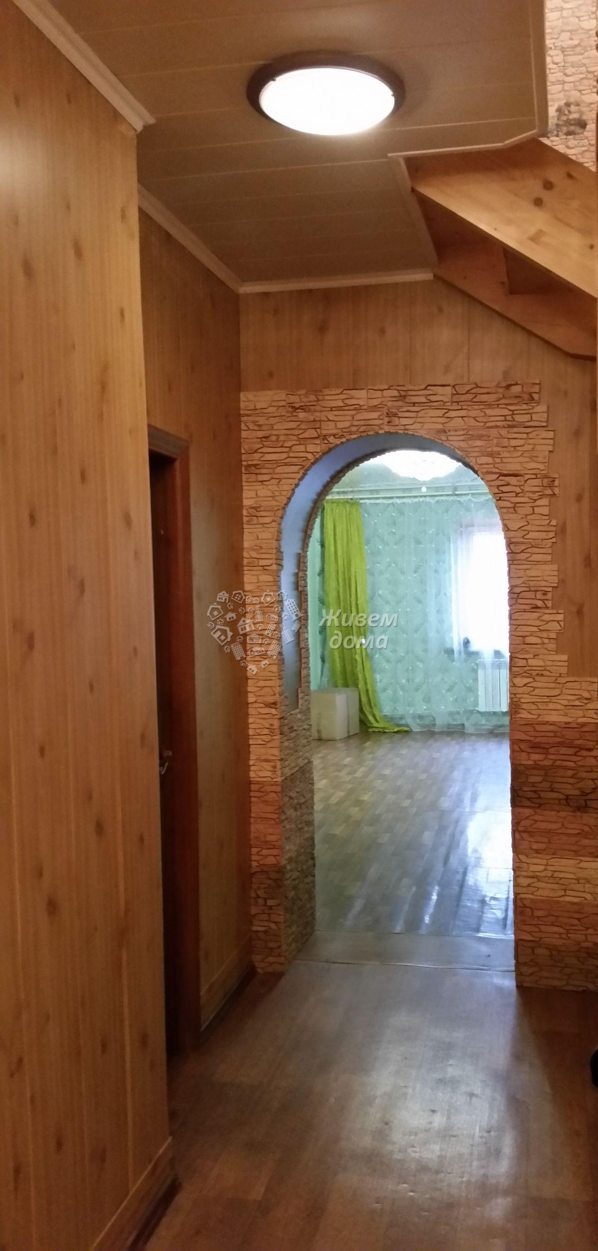 Часть Дома на продажу по адресу Россия, Волгоградская область, Волгоград, Инженерная