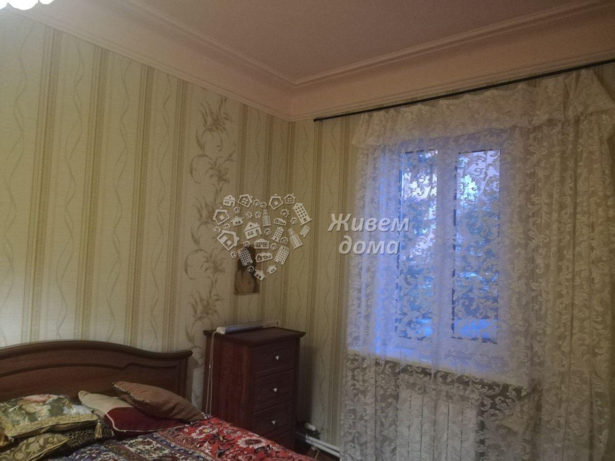 Часть Дома на продажу по адресу Россия, Волгоградская область, Волгоград, Каспийская