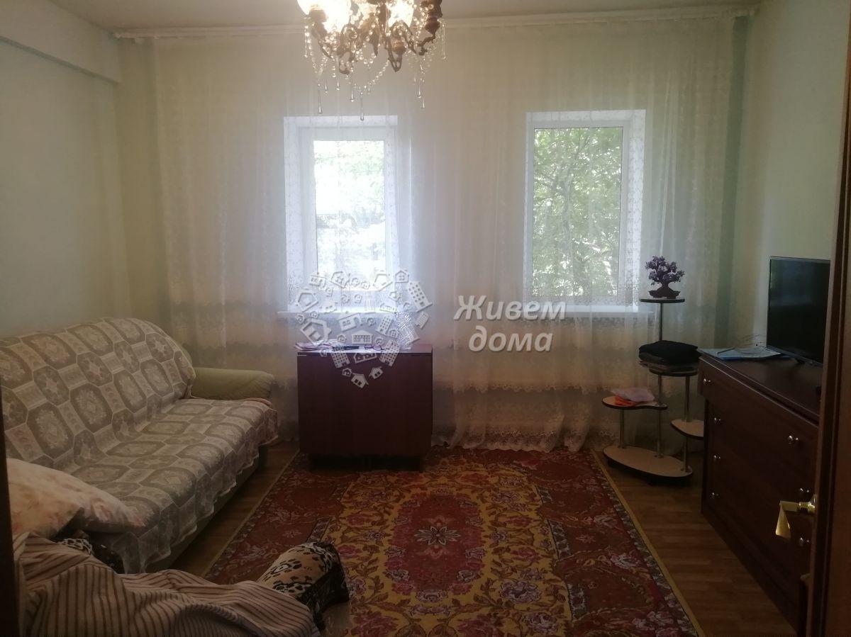 Часть Дома на продажу по адресу Россия, Волгоградская область, Волгоград, Крутоовражная