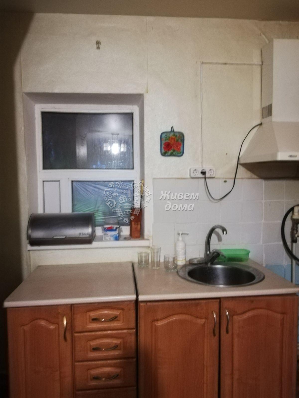 Часть Дома на продажу по адресу Россия, Волгоградская область, Волгоград, Лётная