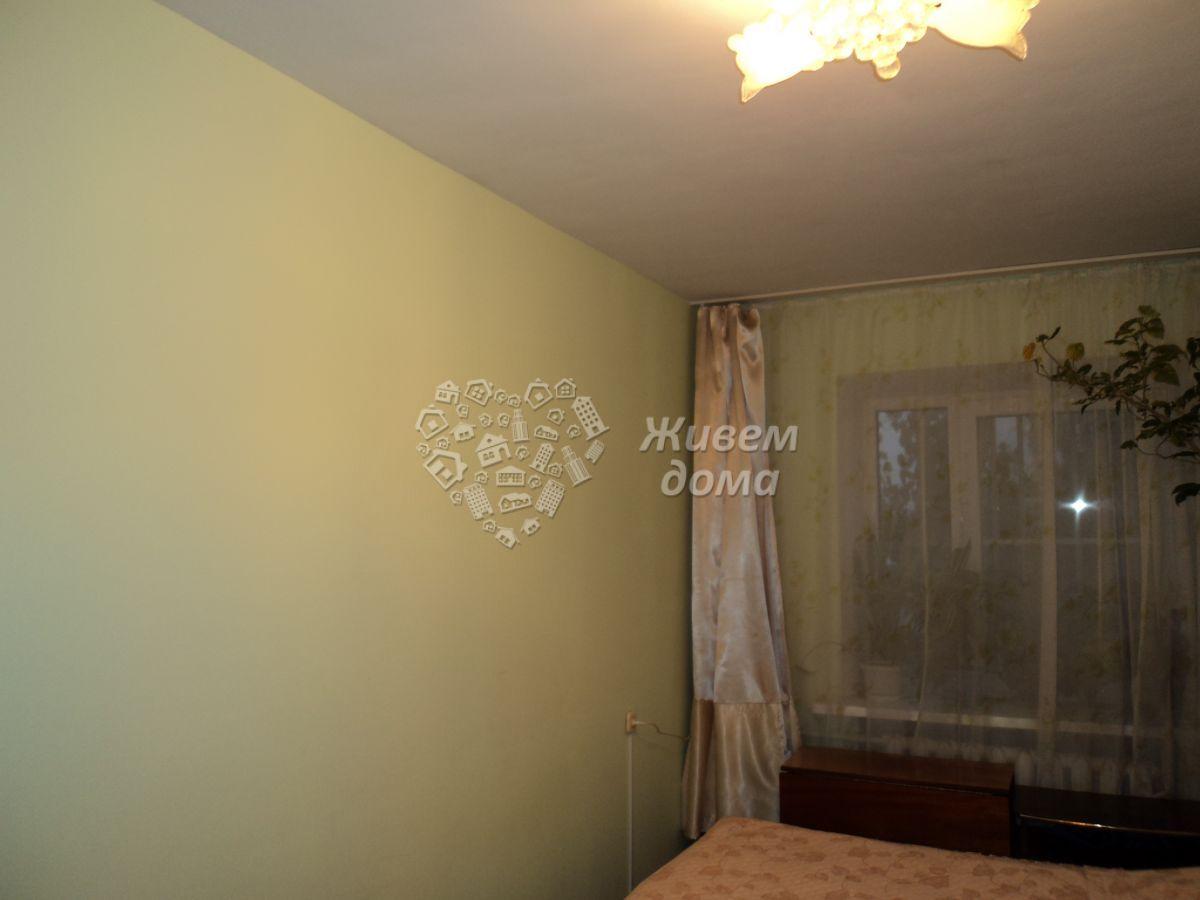 Квартира на продажу по адресу Россия, Волгоградская область, Волгоград, им Ткачева ул, 4