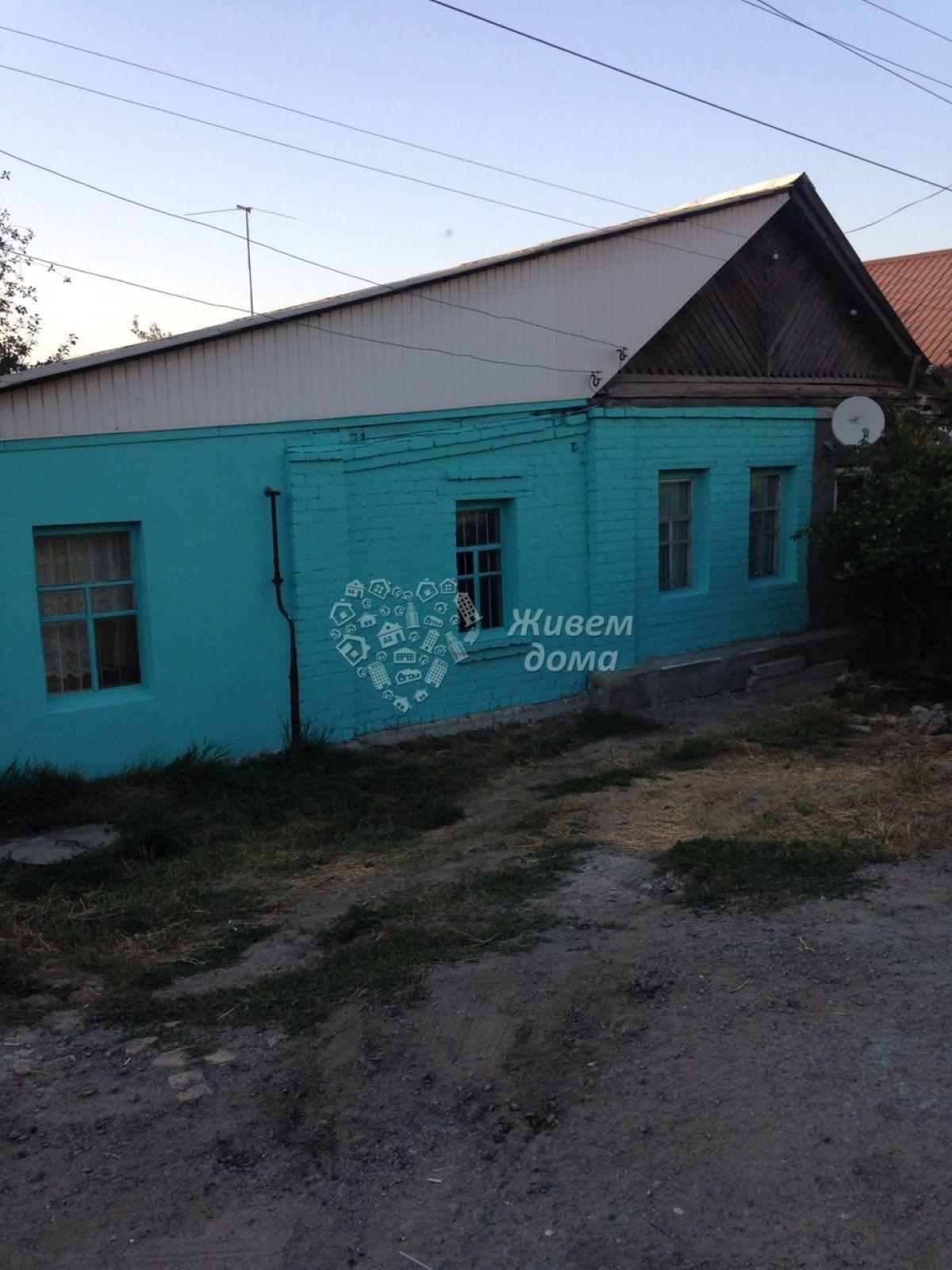 Часть Дома на продажу по адресу Россия, Волгоградская область, Волгоград, Димитрова