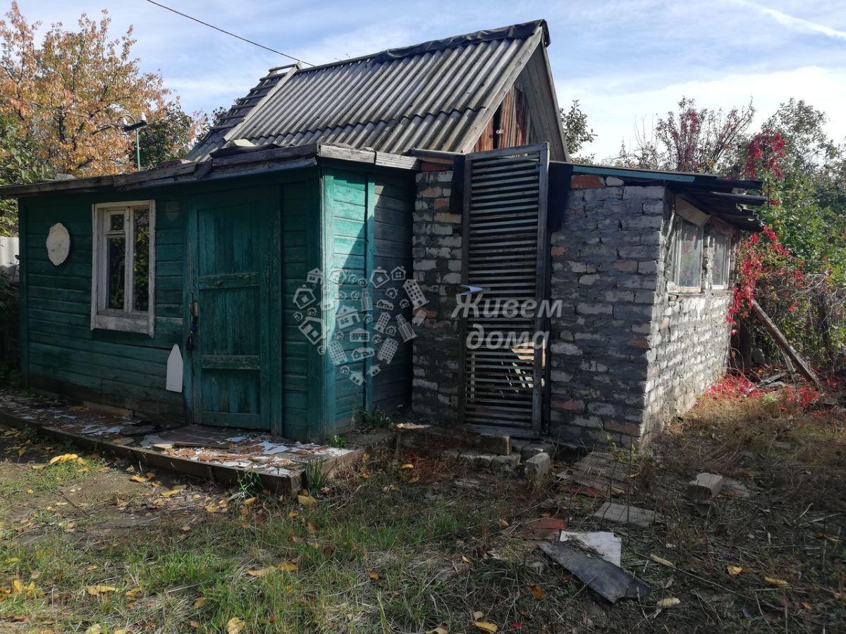 Дача на продажу по адресу Россия, Волгоградская область, Волгоград, СНТ Нефтяник-2