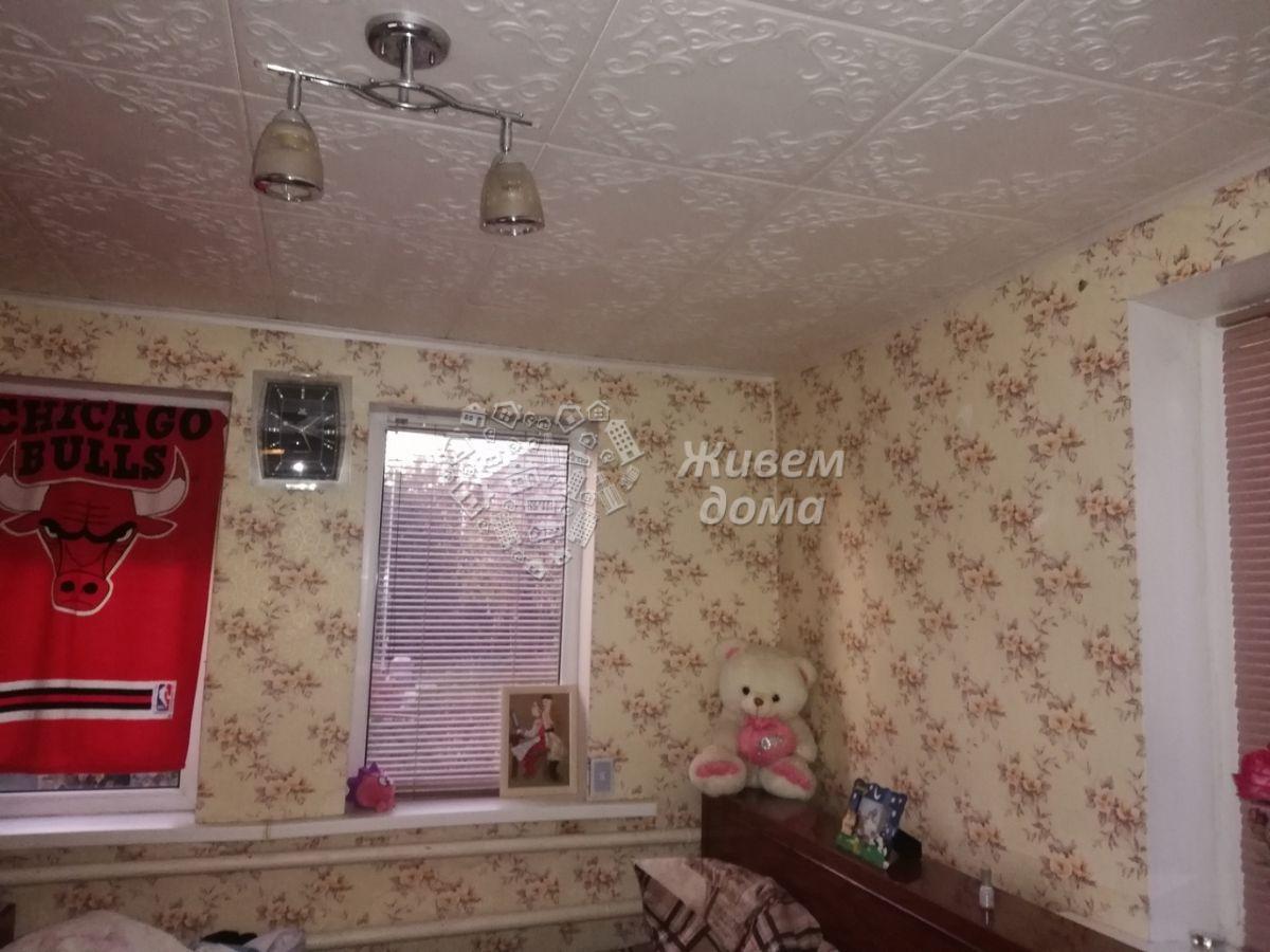 Часть Дома на продажу по адресу Россия, Волгоградская область, Волгоград, посёлок Ангарский, Степная улица